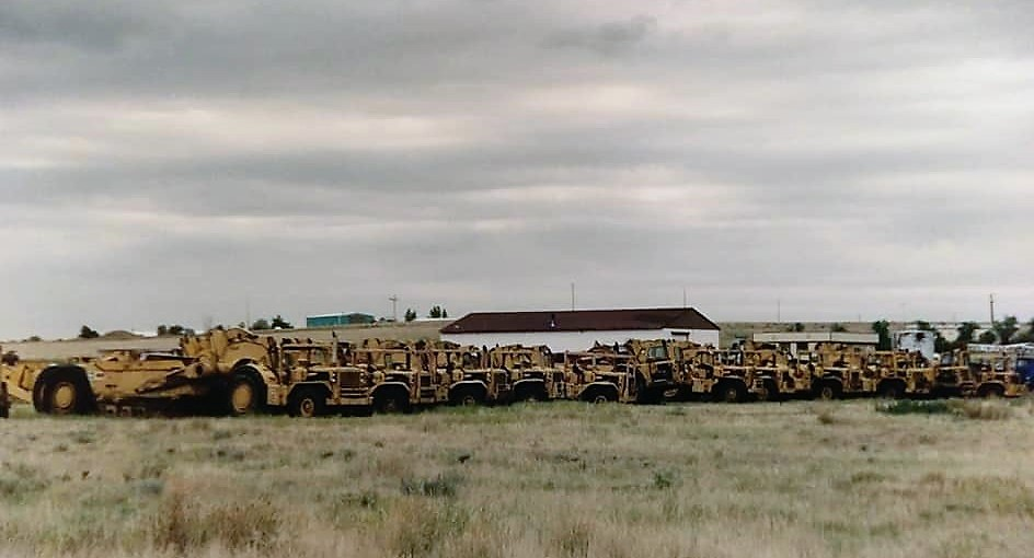 Michael-Hubert-Chicopee-A-field-of-Cat-666660650-scrapers-I-photographed-in-Wyoming-back-in-2000-They-were-owned-by-Osbourne-Bros-construction-3