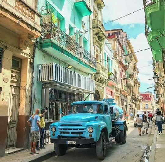 GAZ-Cuba