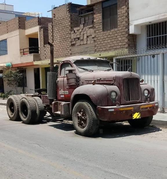 Mack-Cuba-Dumper