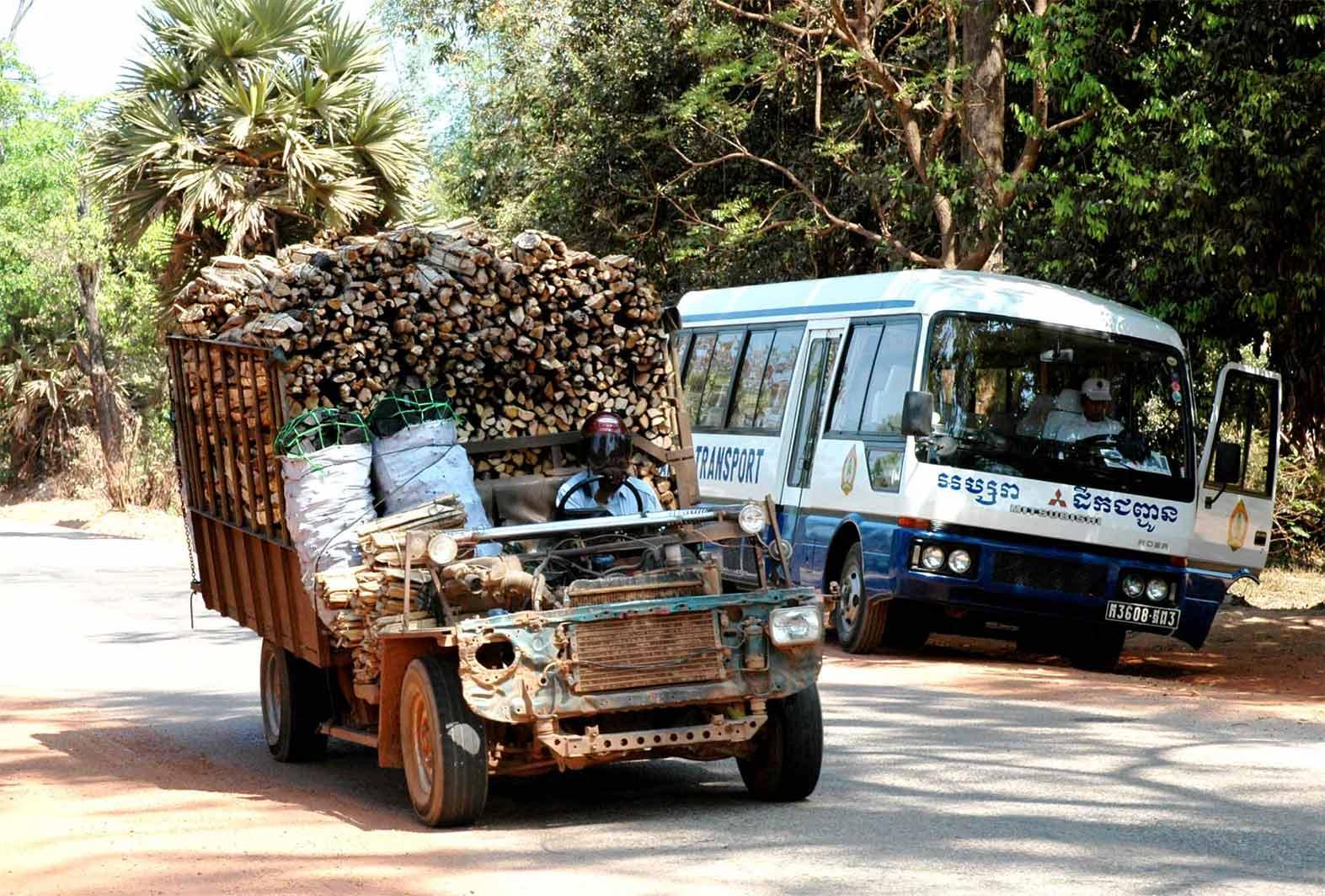 Truck-Coach-Cambodja