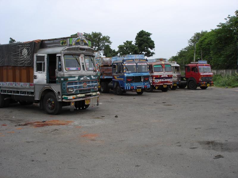 K800_Indien-Truckstop[1]