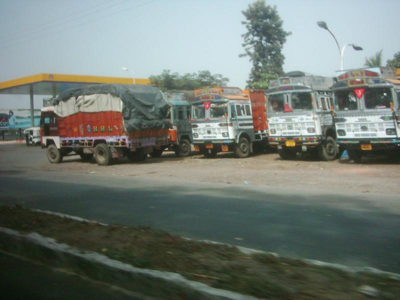 K800_Indien-Truckstop-_1_[1]