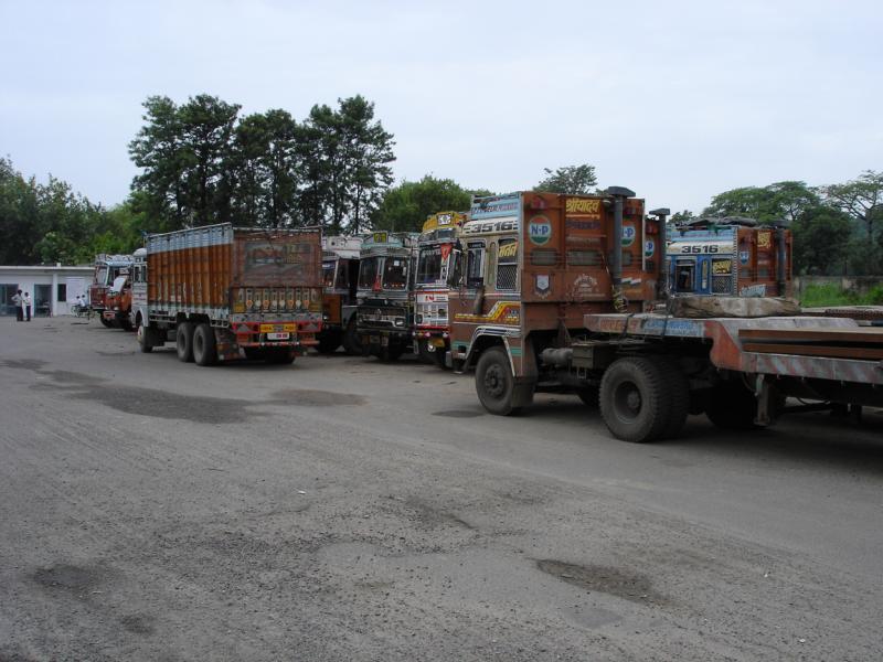 K800_Indien-Truckstop-_2_[1]