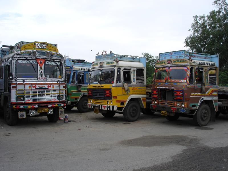 K800_Indien-Truckstop-_3_[1]