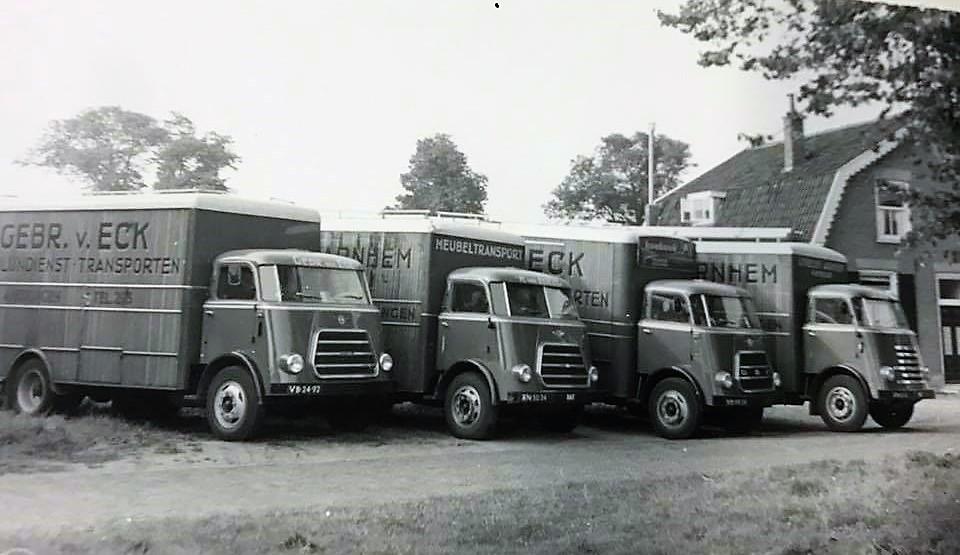 Arie-Wagensveld-De-vb-24-92-eerste-auto-van-Co-Veenhof-en-ik-als-bijrijder