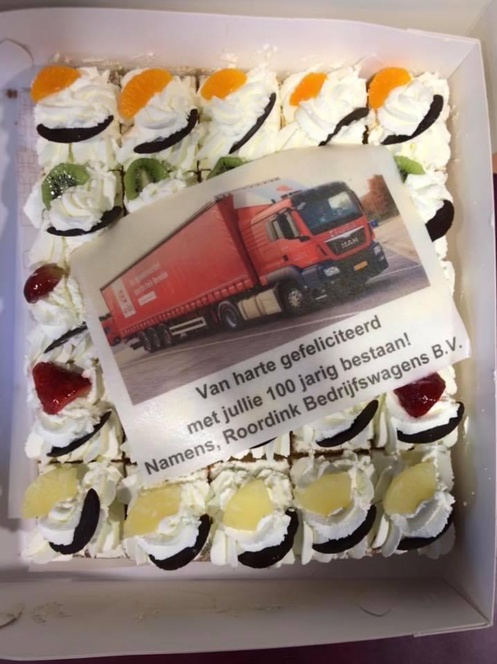 Gisteren-werden-we-verrast-door-het-team-van-Roordink-bedrijfswagens-met-deze-mooie-taart.-Bedankt-voor-deze-lekkere-attentie--13-2-2018