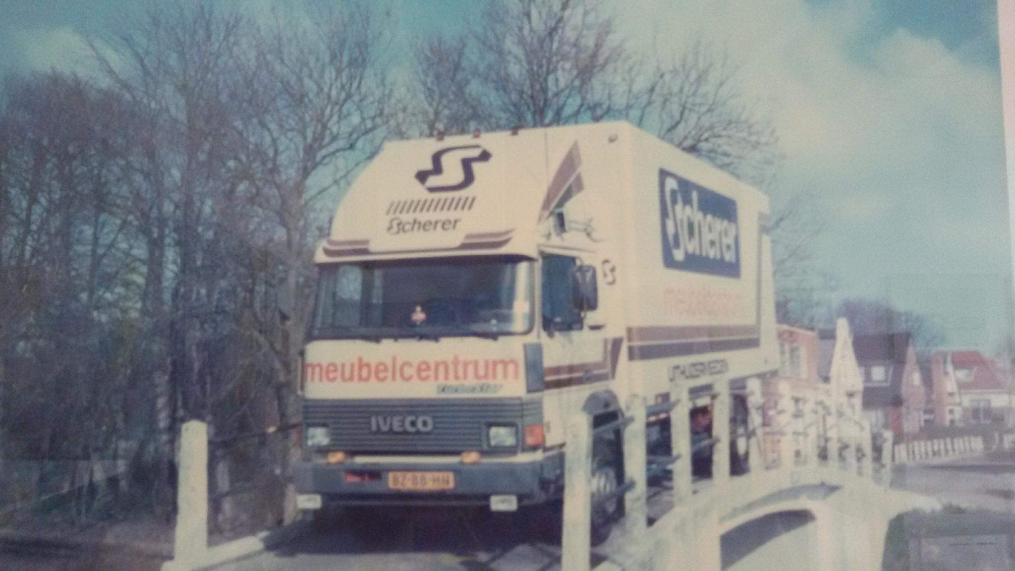 Iveco-135-17-1987-Scherer-Uithuizenrmeeden