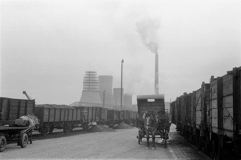 Wim-Giebels-archief-1952-Heerlen-Bij-het-spoor-in-de-ON-I-mijn