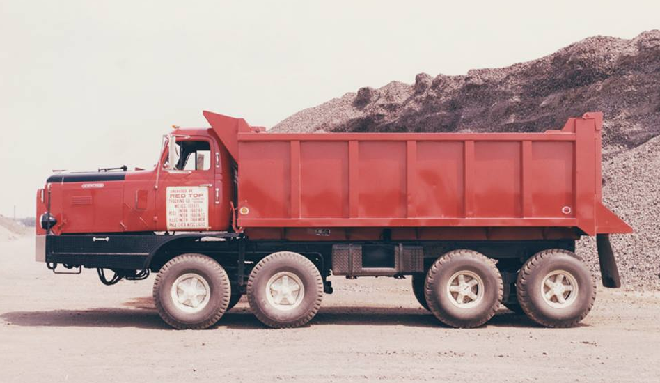 1-1950s-Experimental-Hendrickson-Truck-for-maximum-G.V.W.-Distribution-32K-on-front-and-rear[1]