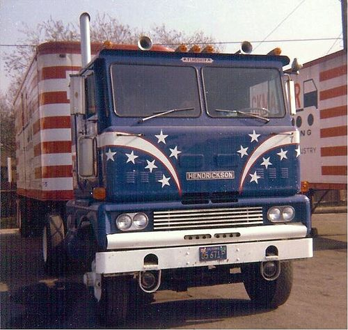 old-trucks-semi-trucks