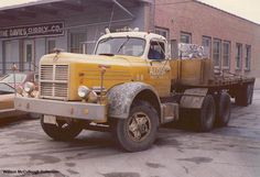 semi-trucks-big-trucks--[1]