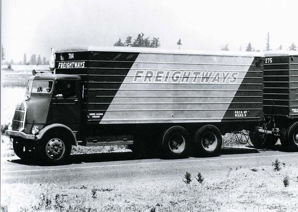 fageol-1937