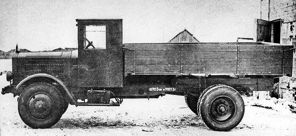 Daimler-Benz-1932-5-cyl-diesel-70-pk