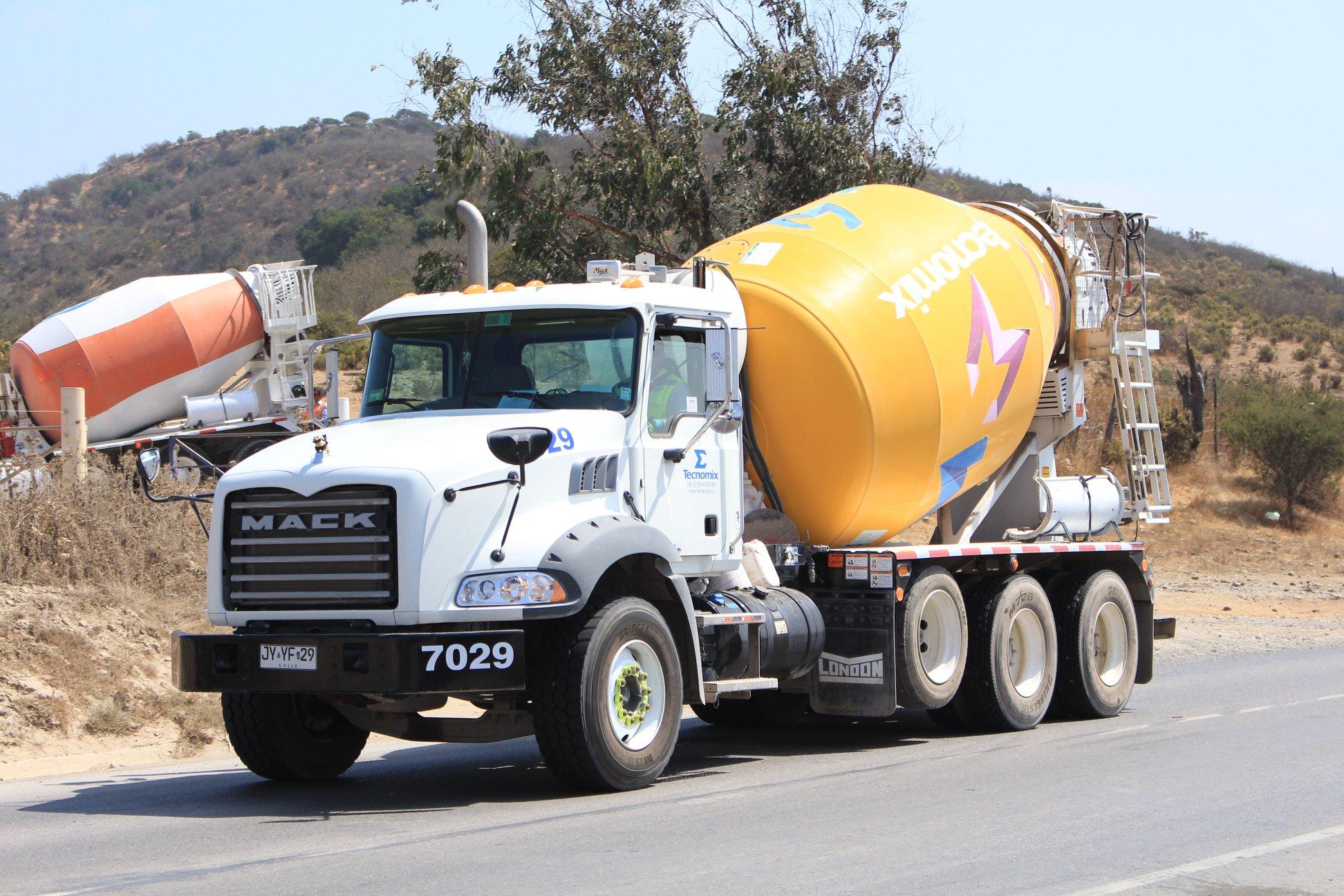 Truck_pics_mix-11