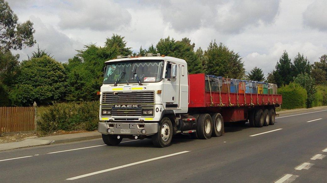 Truck_pics_mix-98
