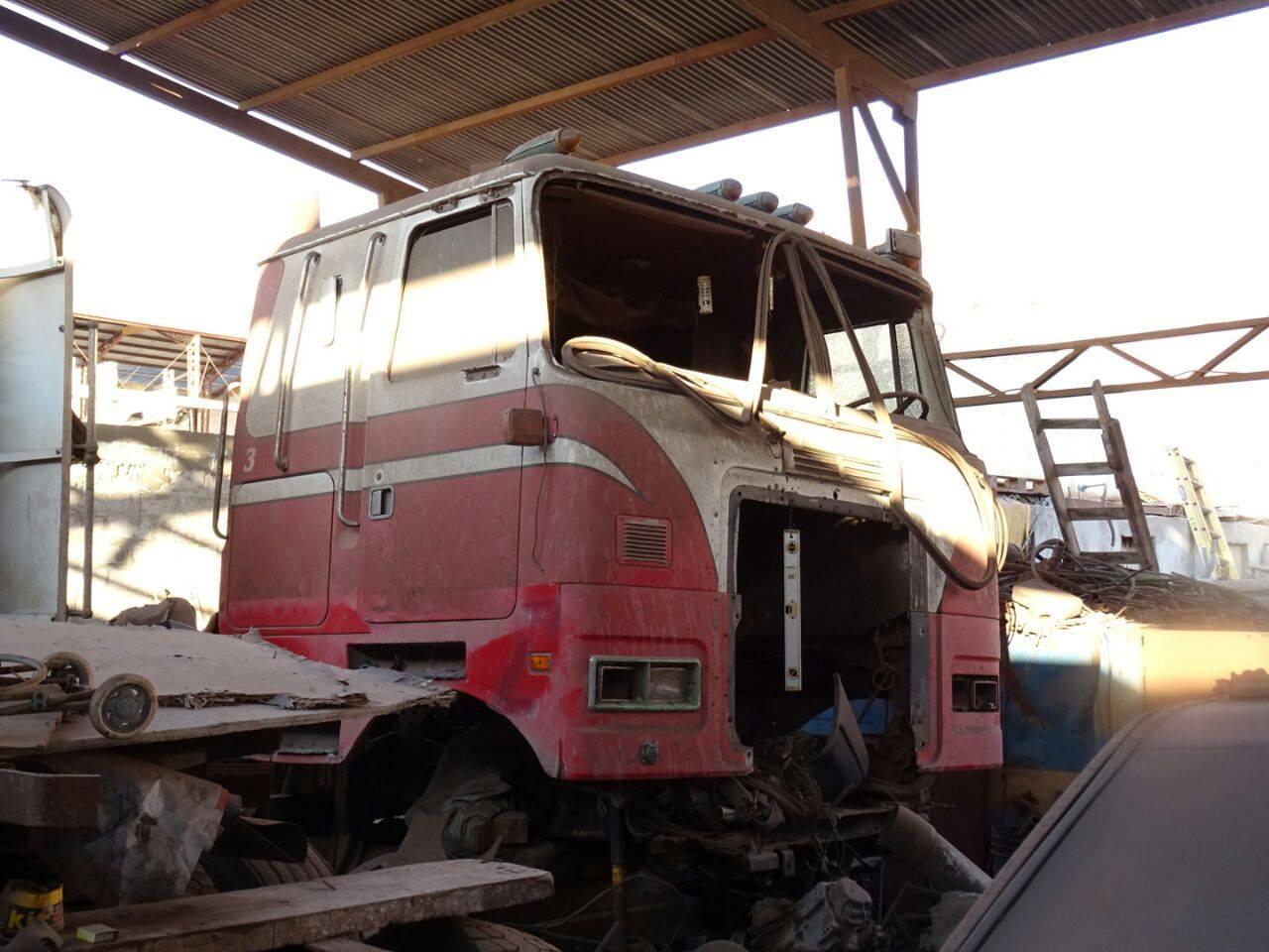 Camiones-vieja-escuela-olvidados-16