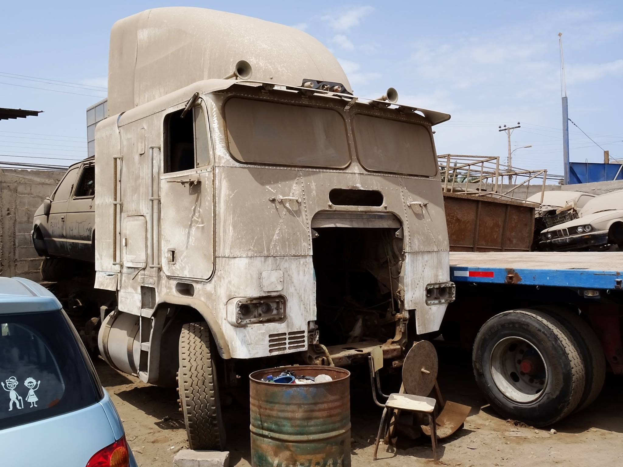 Camiones-vieja-escuela-olvidados-47