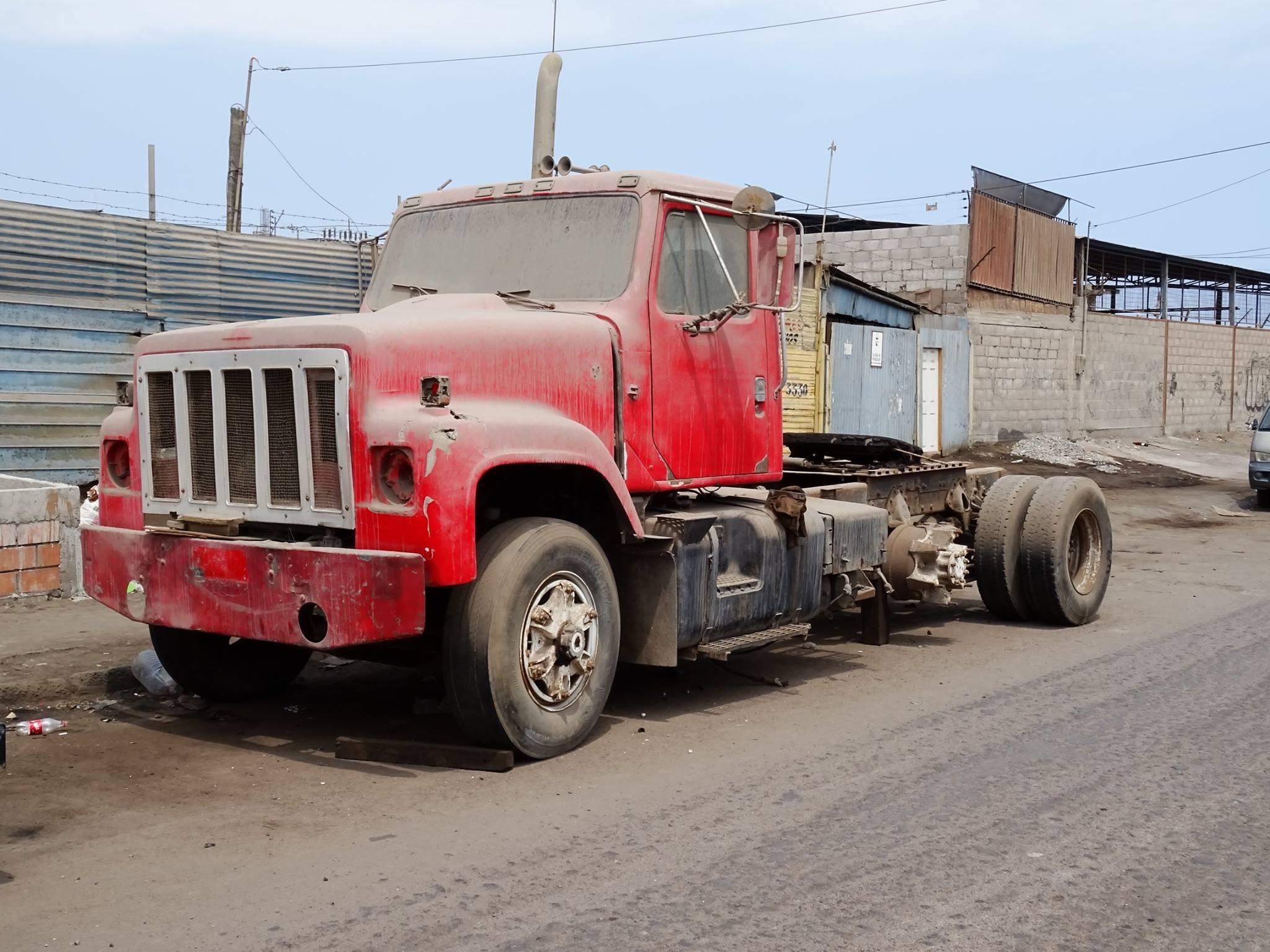 Camiones-vieja-escuela-olvidados-66
