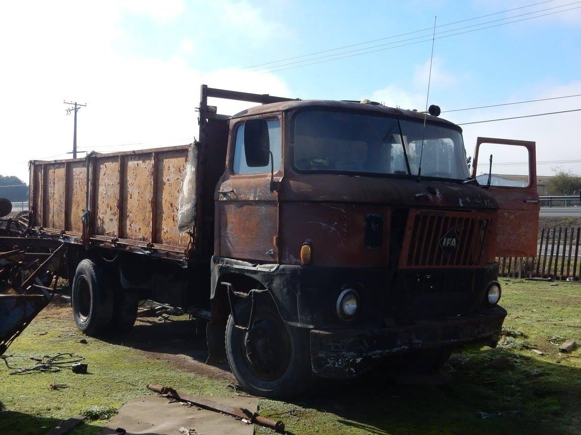 Camiones-vieja-escuela-olvidados-73