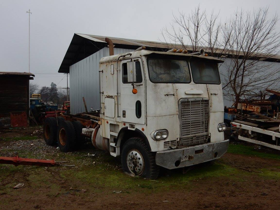Camiones-vieja-escuela-olvidados-81