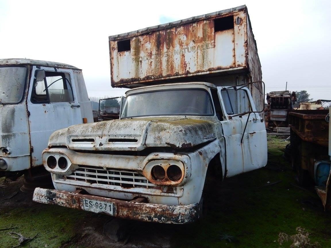 Camiones-vieja-escuela-olvidados-82