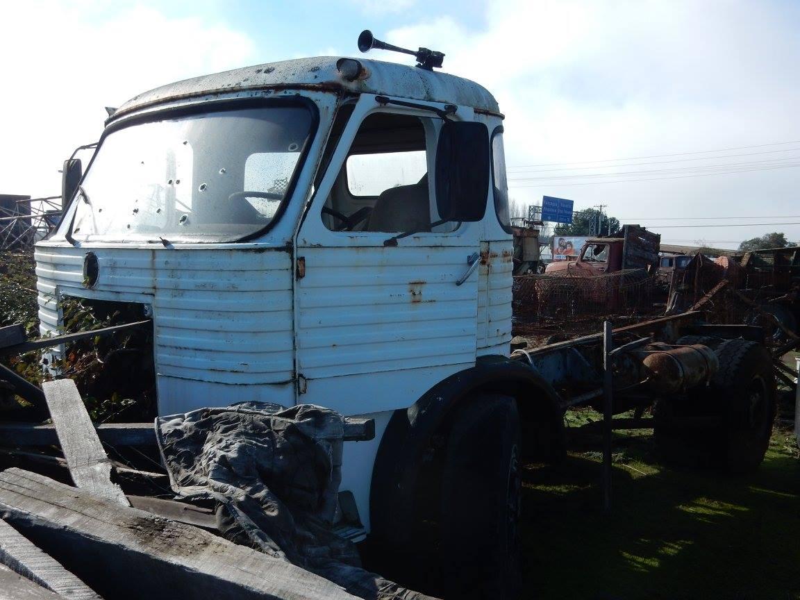 Camiones-vieja-escuela-olvidados-101
