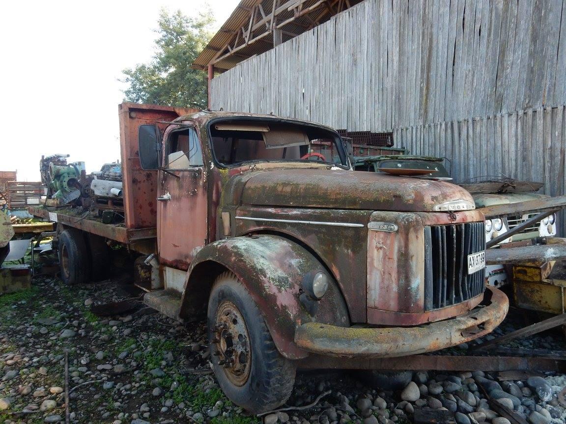 Camiones-vieja-escuela-olvidados-116