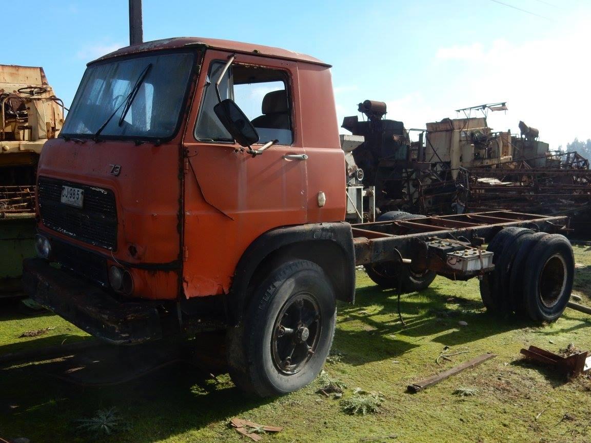 Camiones-vieja-escuela-olvidados-121