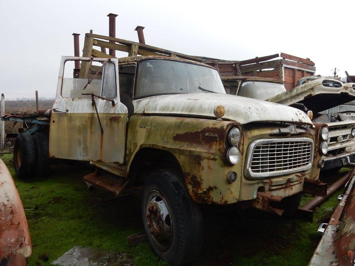 Camiones-vieja-escuela-olvidados-124