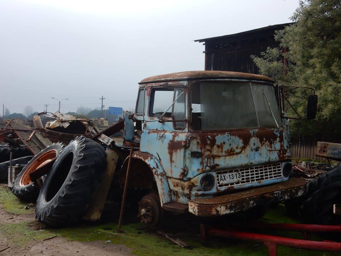Camiones-vieja-escuela-olvidados-129