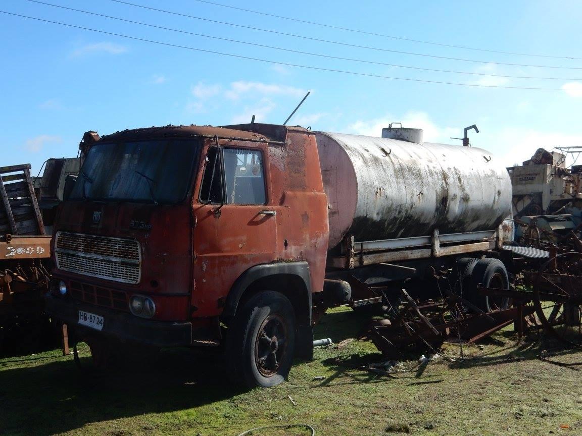 Camiones-vieja-escuela-olvidados-132