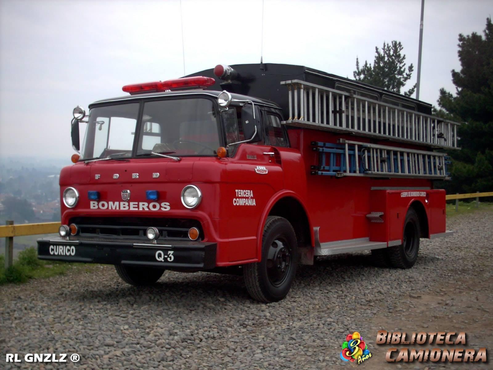Ford-C-600--Cuerpo-de-Bomberos-de-Curico--Tercera-Compania-Sargento-Aldea