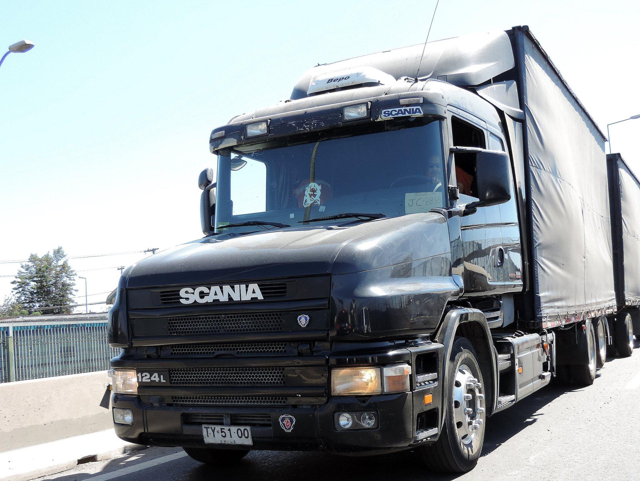 Scania-T124-LA--2000