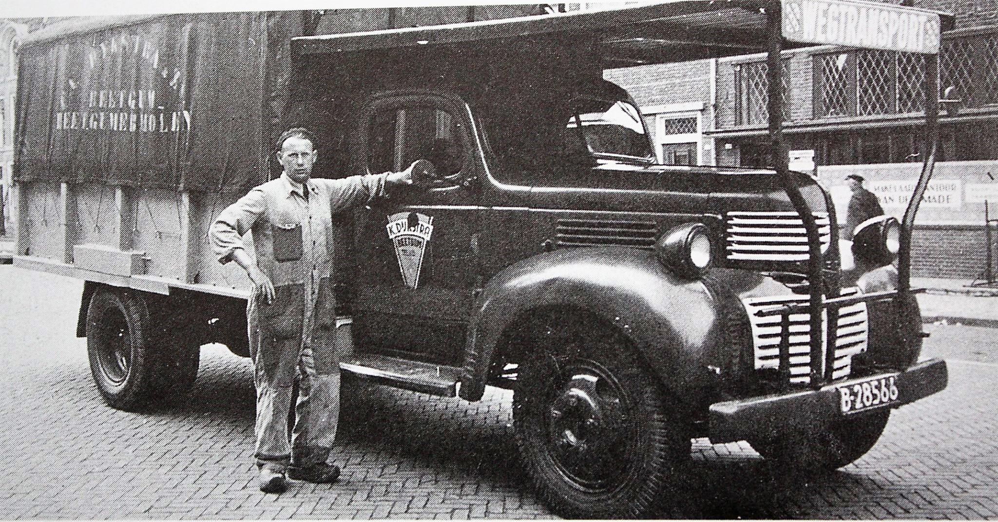 Dijkstra-K-met-Dodge-oud-leger-truck