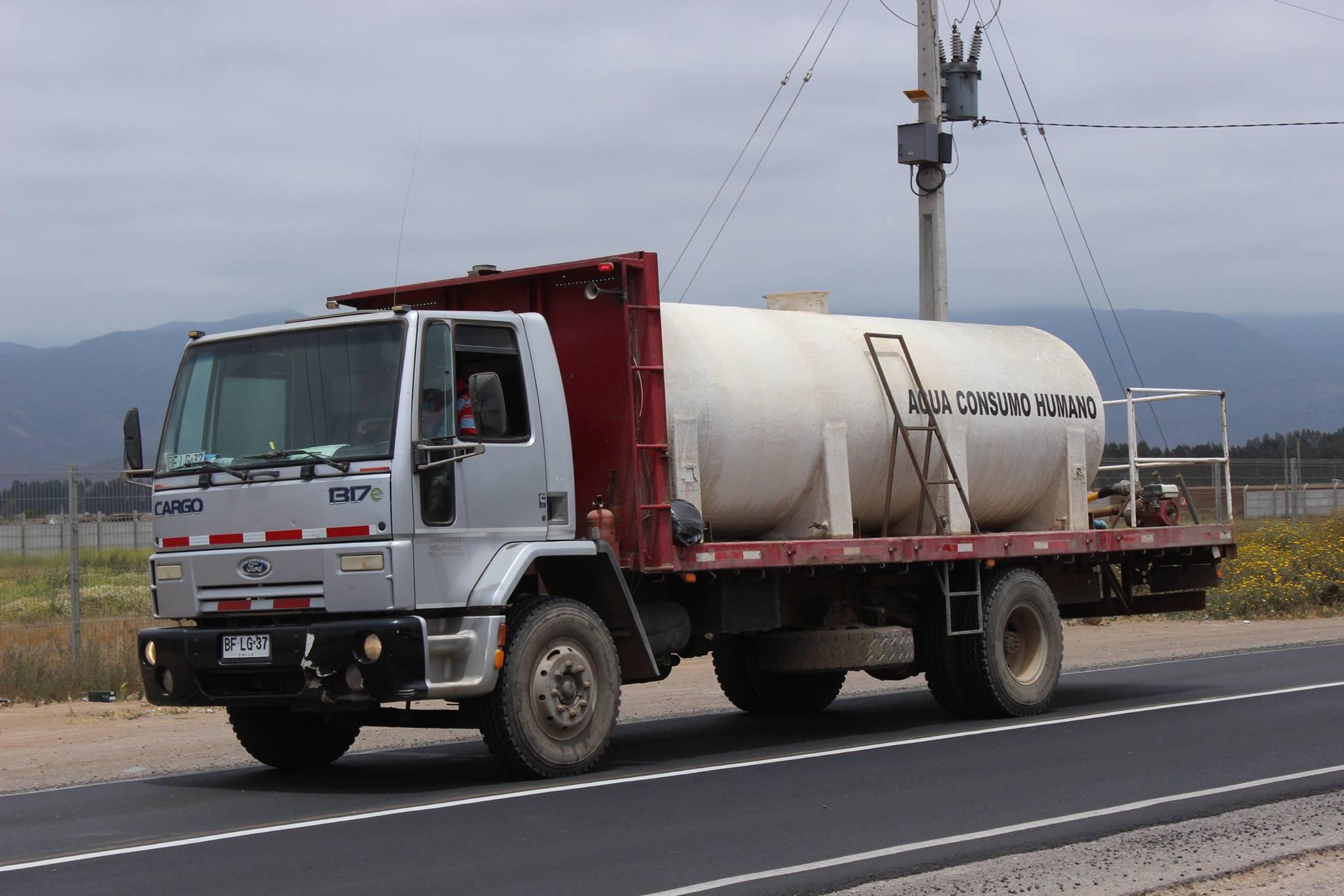 Ford-Cargo-1317E--2008
