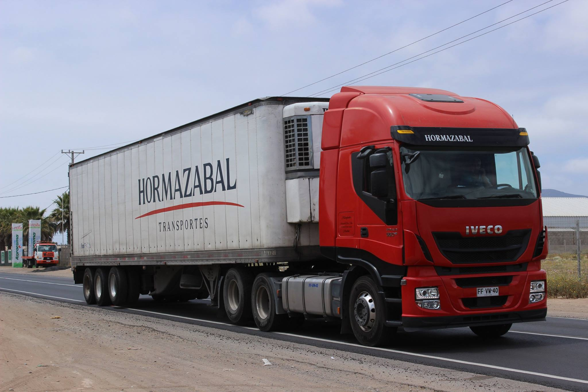 Iveco-Stralis-Hi-Way-AS-440-S-56-TZ--2013--Transportes-Hormazabal