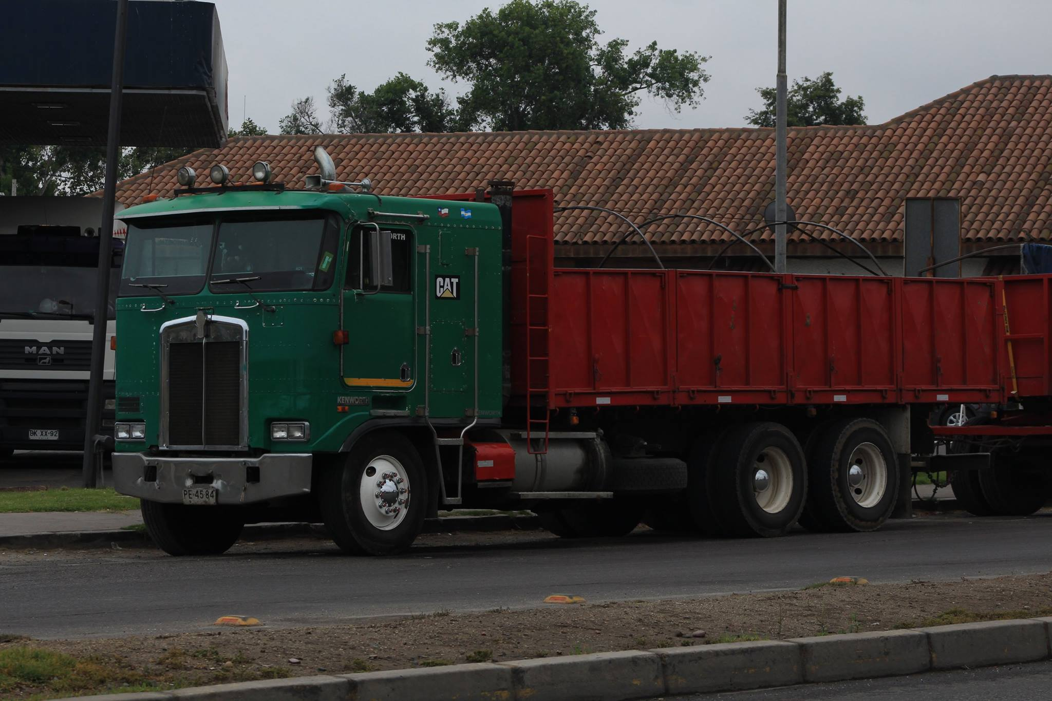 KENWORTH-K-100-E-6X4-CAMION--1996