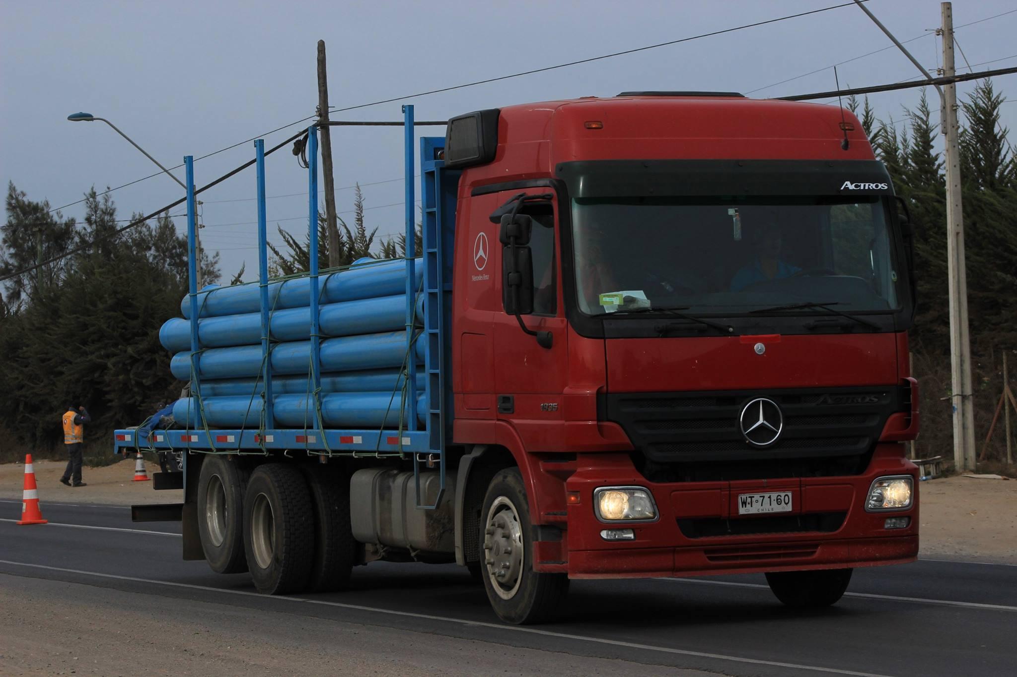 Mercedes-Benz-Actros-MP-II-1835-LS--2007