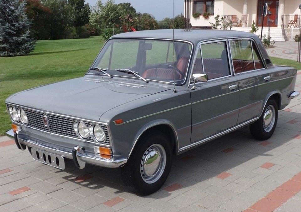 Lada-VAZ-2103-1972--1