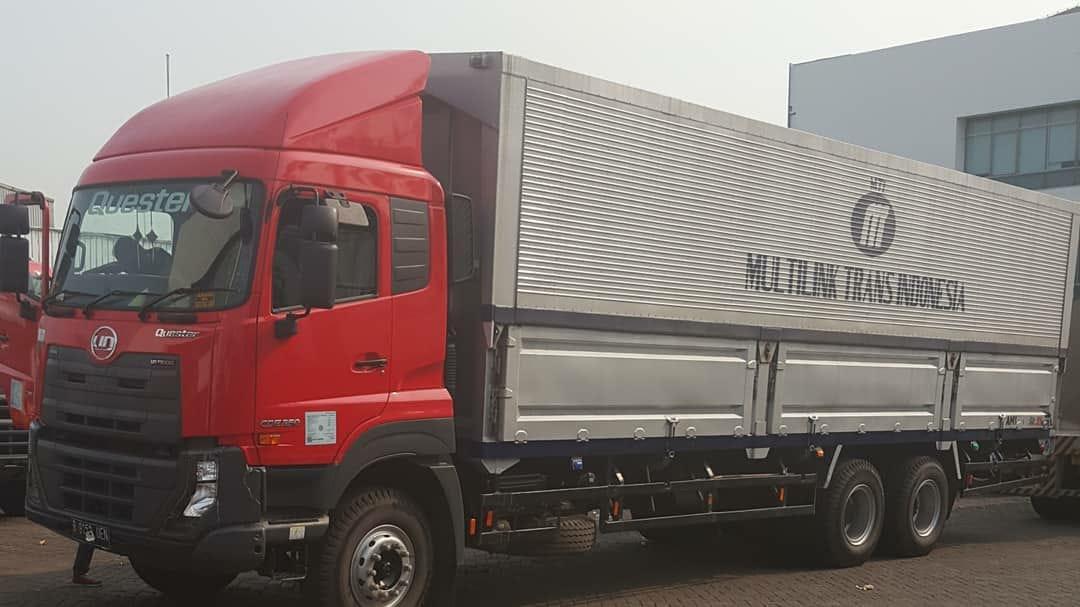 Nissan-Diesel-Trucks-44