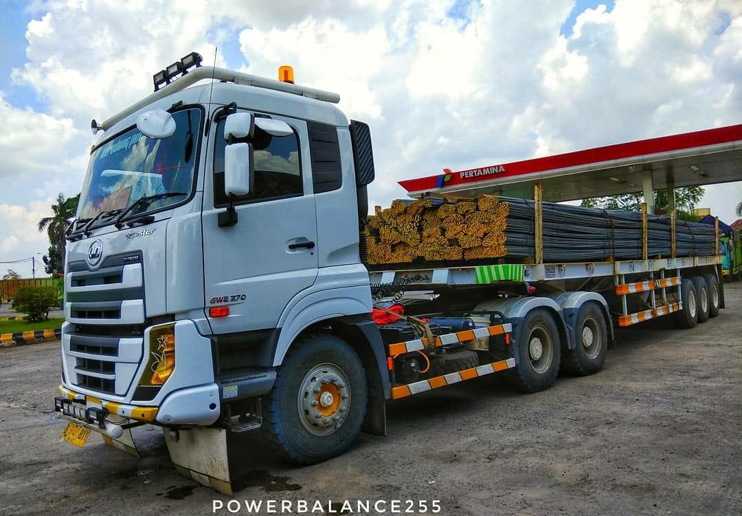 Nissan-Diesel-Trucks-46