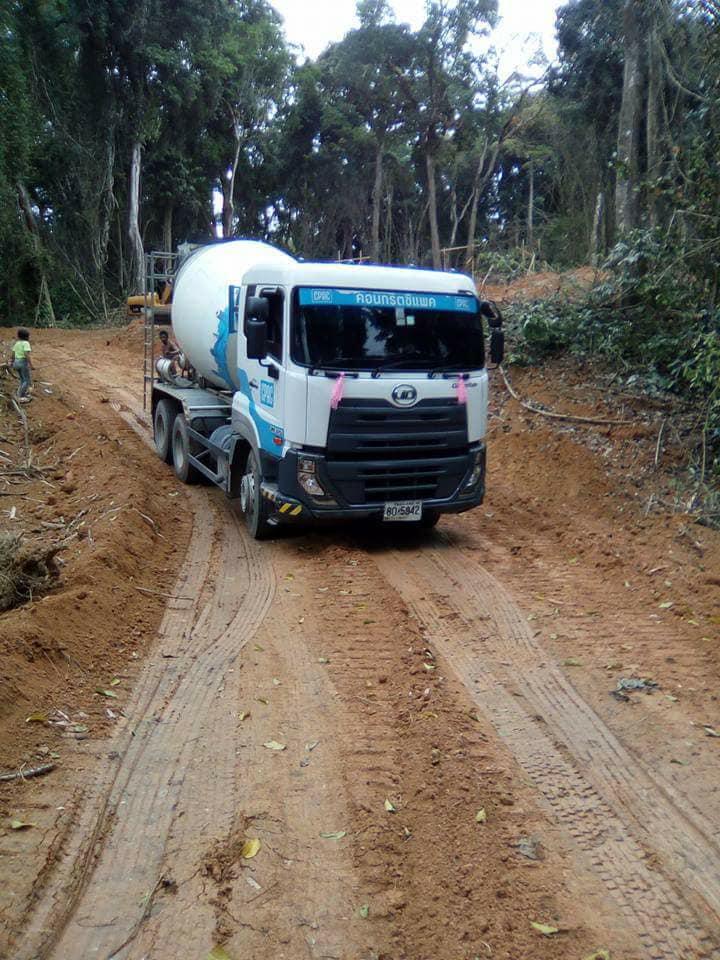 Nissan-Diesel-Trucks-22