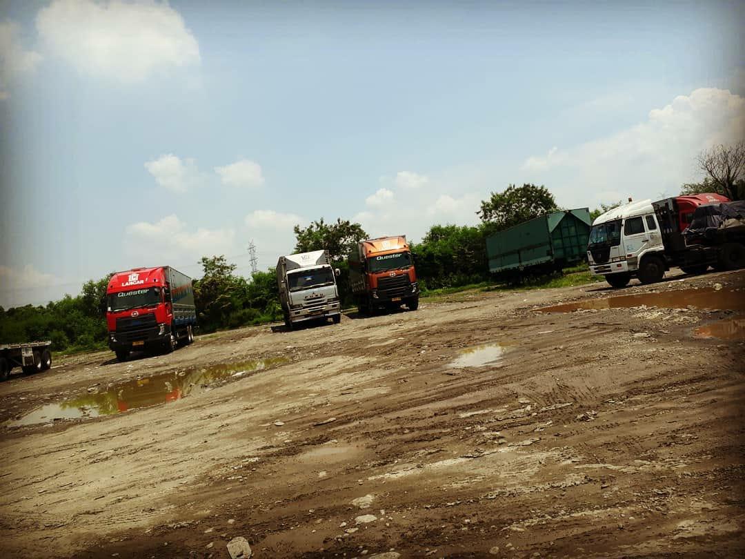 Nissan-Diesel-Trucks-27