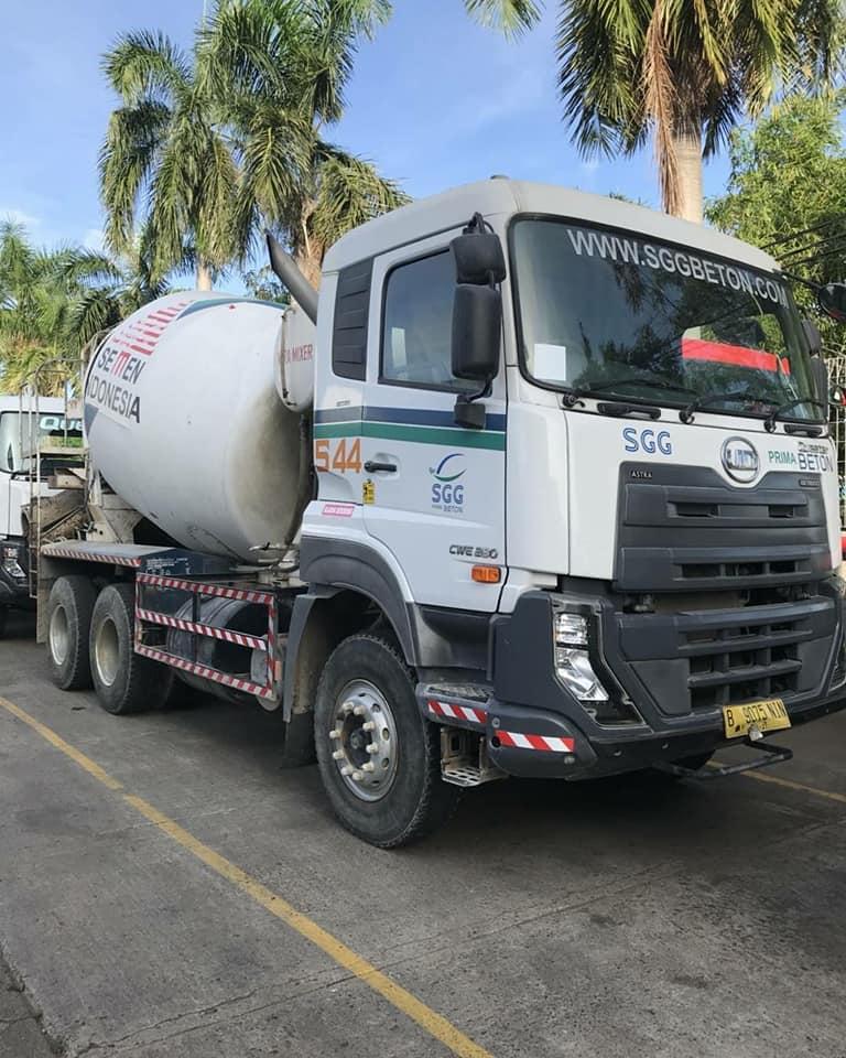 Nissan-Diesel-Trucks-4