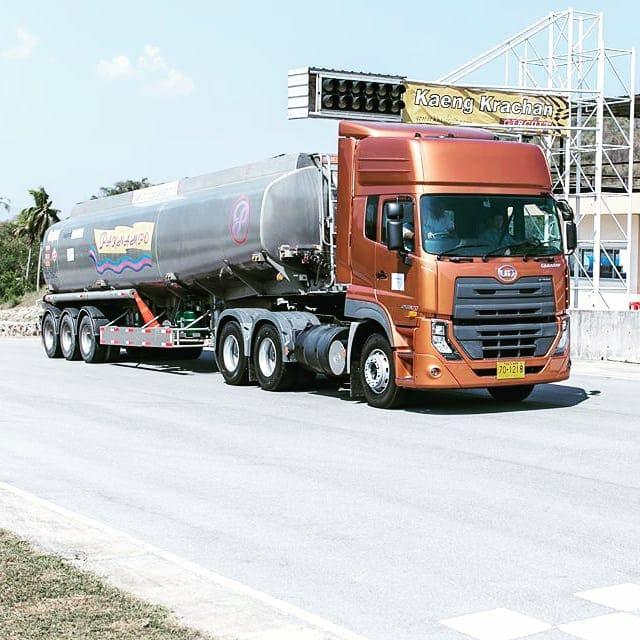 Nissan-Diesel-Trucks-8