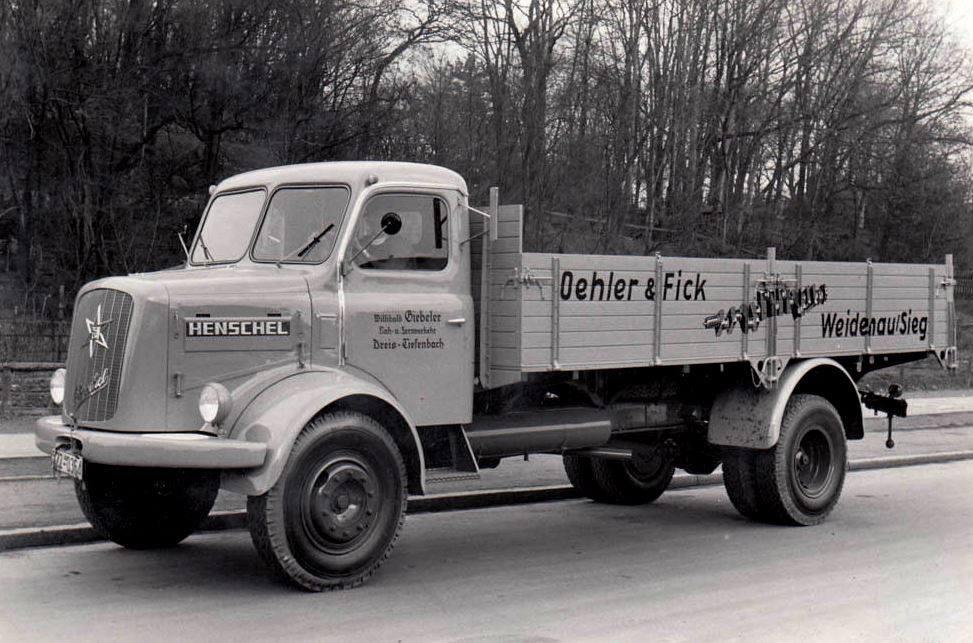 1956-Henschel-HS-120
