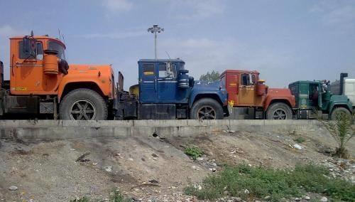 Mack-op-rij-in-Iran