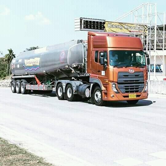 Nissan-6X4