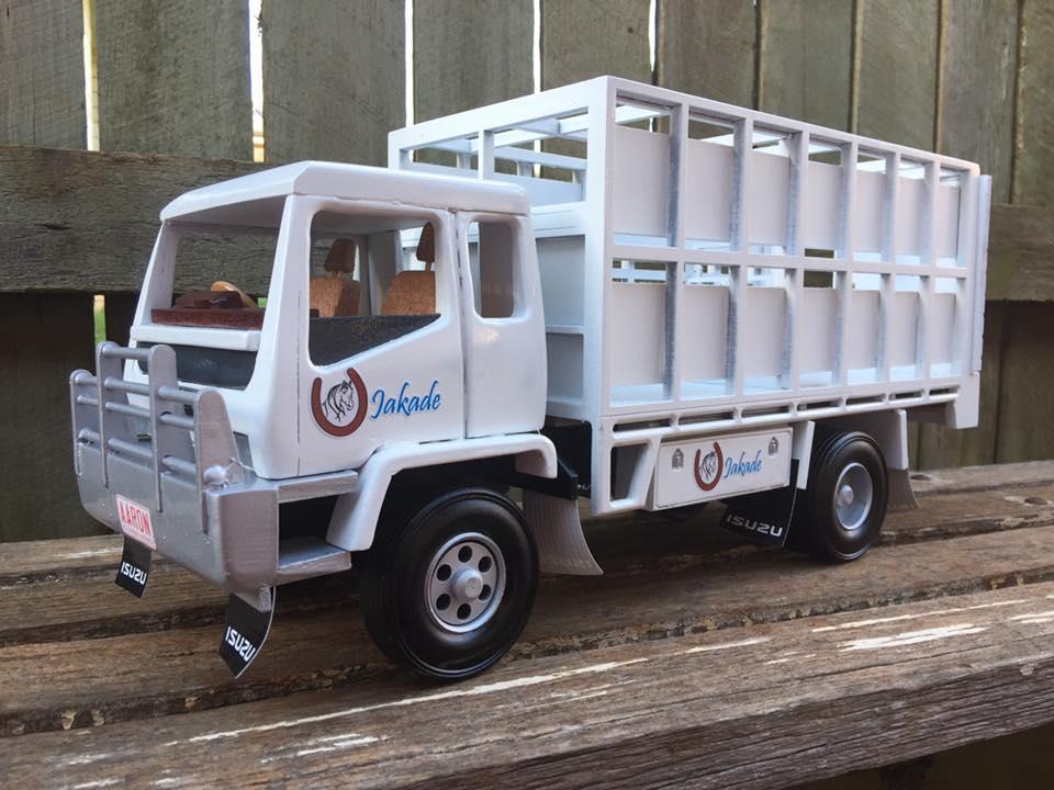 Hors--Truck