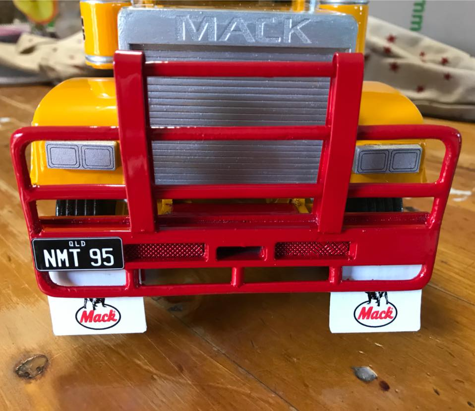Mack_Trailers-1